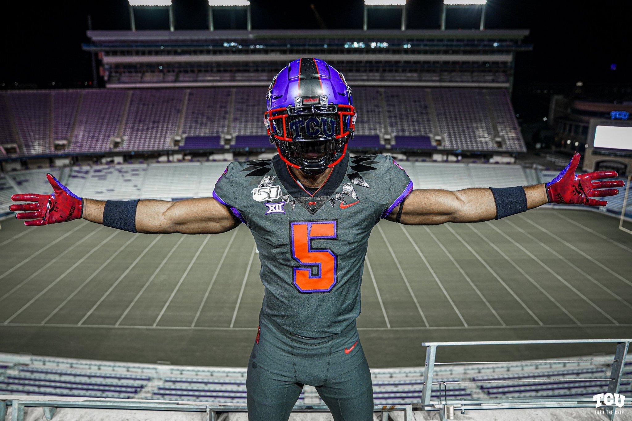 Top 10 College Football Alternate Uniforms