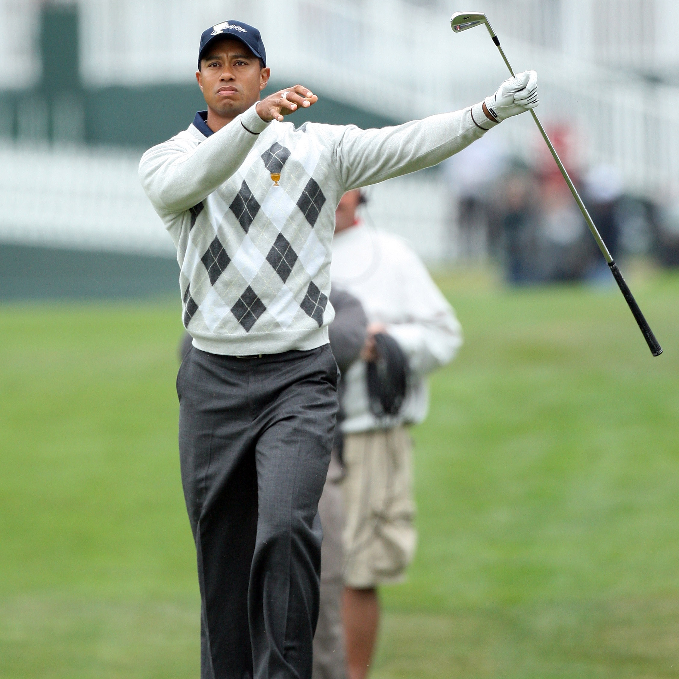 A super-scientific top-10 ranking of Tiger Woods' all-time best reactions |  This is the Loop | GolfDigest.com